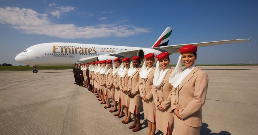 Emirates-Airline-selecionando-comissarios-de-bordo_01