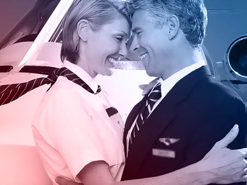 piloto de avião com esposa